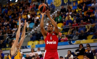 """Sensacija Eurolygoje: debiutantai sutriuškino """"Olympiakos"""" krepšininkus"""