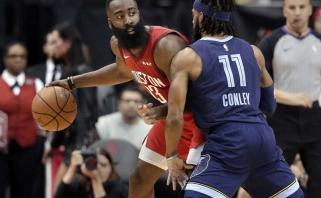 """Kosminę seriją pratęsęs Hardenas pagerino visų laikų NBA rekordą, """"Mavs"""" su Dončičiumi ritasi žemyn"""