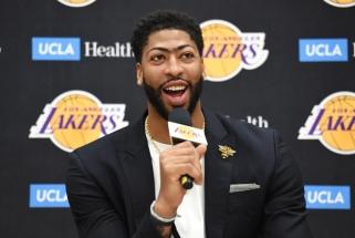 """B.Windhorstas: A.Davisas niekur neišeis, jis laimingas būdamas """"Lakers"""""""