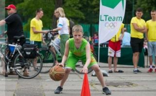 Olimpinėje dienoje Šiauliuose - ir krepšinio pramogos
