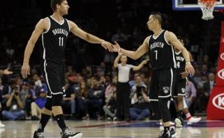 """NBA: atkrintamųjų rokiruotės, beveik pusantro šimto """"Nets"""" taškų ir kita"""
