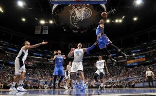 """R. Westbrookas prie """"Thunder"""" pergalės pridėjo rezultatyviausią visų laikų trigubą dublį"""