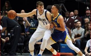 """Curry tritaškiais traiškė """"Mavs"""" gynybą ir išplėšė pergalę iš Dončičiaus rankų (rezultatai)"""