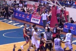 Kerštas už smūgį į tarpukojį: filipinietis grubiai atsakė buvusiam NBA žaidėjui