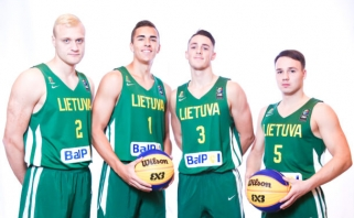 Lietuvos U23 trijulių rinktinė pradėjo pasirodymą pasaulio čempionate
