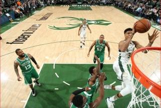 """Šansų dar kartą """"Celtics"""" ekipai nepalikusi """"Bucks"""" - NBA Rytų konferencijos finale"""