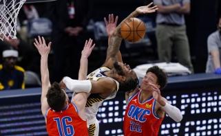 """Susitraukusi ir sumažėjusi """"Pacers"""" nubraukė """"Thunder"""" viltis išbristi iš pralaimėjimų liūno"""
