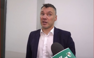Žaidėjų kovingumą išskyręs Š.Jasikevičius bedė pirštu į teisėjus
