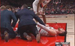 """D.Bookerio rekordas nepadėjo """"Suns"""", bosnis patyrė šiurpią traumą (rezultatai)"""