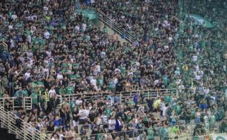"""Eurolyga nubaudė """"Panathinaikos"""" ir """"Baskonia"""" klubus už sirgalių elgesį"""