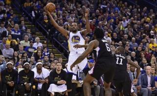 """NBA netrūko dramatiškų kovų: laimėjo """"Warriors"""", """"Pistons"""", """"Blazers"""" ir """"Kings"""""""