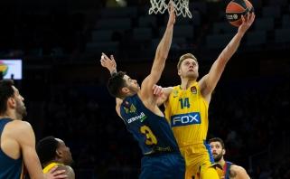 """""""Maccabi"""" iškovojo triuškinančią pergalę Vitorijoje"""
