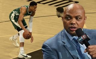 """Barkley: """"Bucks"""" šiemet taps čempionais"""