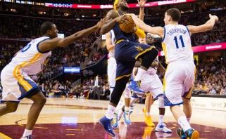 NBA savaitės geriausieji - L.Jamesas ir K.Thompsonas