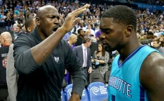 """""""Clippers"""" naujokas L.Stephensonas įsižeidė ant M.Jordano"""
