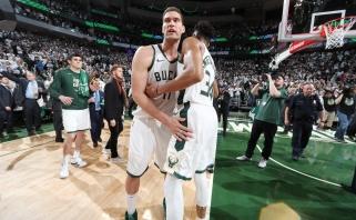 """Finišo tiesiojoje subyrėję """"Raptors"""" atidavė pergalę """"Bucks"""" ekipai"""