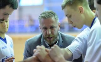 Į nesėkmių liūną įklimpęs Molėtų klubas atsisveikino su treneriu T.Purliu
