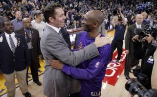 """Be netikėtumų: prie """"Lakers"""" vairo stos į Los Andželą sugrįžtantis L.Waltonas"""