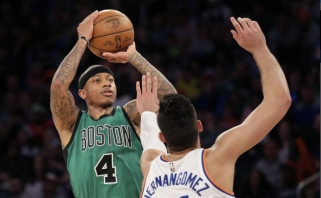"""""""Knicks"""" namuose neprilygo """"Celtics"""", M.Kuzminskas pasižymėjo tritaškiais"""