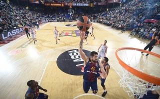 """""""Barcelona"""" atsigauna - sutriuškino Ispanijos čempionus"""