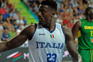 """Karjeros sezoną sužaidęs Italijos rinktinės puolėjas pasirašė ilgalaikę sutartį su """"Virtus"""""""