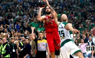 """""""Olympiakos"""" krepšininkai laimėjo dviejų pratęsimų dramą ir tapo čempionais"""