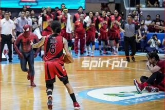 Žmogus-Voras Filipinų lygos finalo mače sužalojo žaidėją