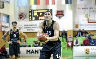 NKL MVP - naudingiausiu lygos krepšininku tapęs bei rekordą užfiksavęs L.Mikalauskas