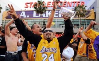 """Tyrimai nustatė: """"Lakers"""" sirgaliai - ištikimiausi ir labiausiai motyvuoti NBA lygoje"""