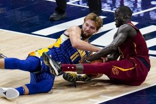 """Pavydėtinu taiklumu atakavęs Sabonis sugrąžino """"Pacers"""" į pergalių kelią"""
