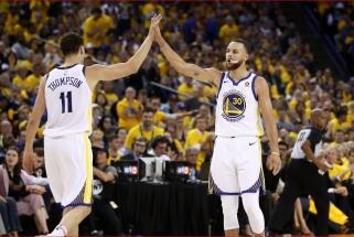 """Fenomenalus S.Curry kėlinys lėmė gėdingiausią """"Rockets"""" pralaimėjimą"""