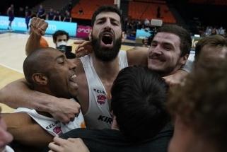 """Ispanijos lygos čempionė - po dešimties metų pertraukos į sostą grįžusi """"Baskonia"""""""