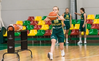 17-metės FIBA turnyre nusileido kinėms ir kovos dėl trečiosios vietos