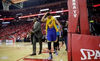 S.Curry nustatytas kelio raiščių patempimas (traumos gavimo video)