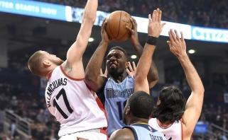 """""""Rockets"""" atsisveikino su trimis, """"Thunder"""" - su keturiais žaidėjais"""