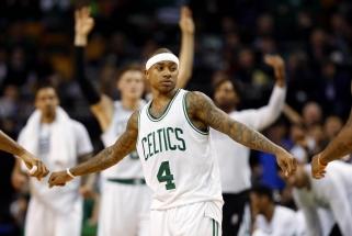"""NBA naktis: siautėjantis I.Thomasas, čempionų pralaimėjimas ir dar viena """"Sixers"""" pergalė"""