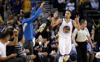 NBA lygoje - S.Curry bomba su sirena iš vidurio aikštės ir rekordinis R.Westbrooko šėlsmas