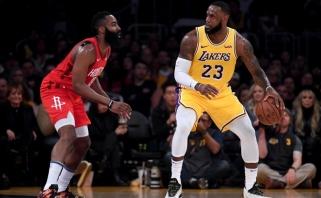 """""""Lakers"""" atkrintamųjų viltys atgimė po pergalės prieš """"Rockets"""", """"Warriors"""" palaužė """"Kings"""""""