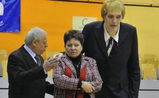 Latvijos bei viso pasaulio moterų krepšinio legenda – sunkioje būklėje