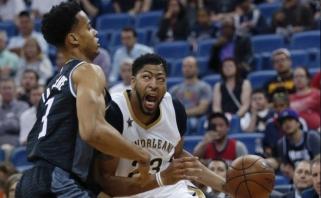 """""""Pelicans"""" sutriuškino """"Kings"""" ekipą, D.Motiejūnas metė pro šalį"""