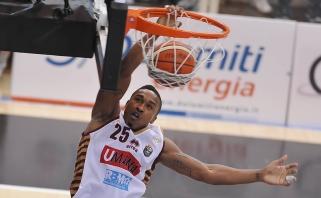 Italijos čempionato finale į priekį išsiveržė Venecijos krepšininkai