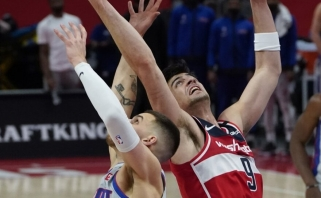 """Sirvydis pataikė antrą tritaškį NBA, """"Pistons"""" neišgąsdino Westbrooko trigubas dublis (rezultatai)"""