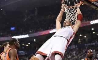 """""""Raptors"""" su J.Valančiūnu nesustabdė įsibėgėjusios R.Westbrooko kariaunos"""