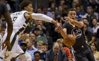 """S.Curry prametė 10 tritaškių, """"Clippers"""" atsiliko 19 taškų, bet abu lyderiai išsikapstė"""