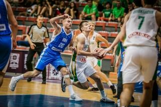 Aštuoniolikmečiai sutriuškino bosnius ir žengė į ketvirtfinalį
