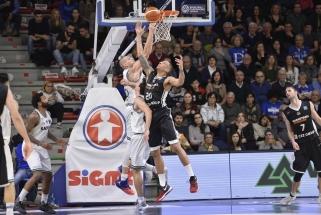 """Klūpinėjantis """"Maccabi"""" pasikvietė Čekijoje nežibėjusį puolėją"""