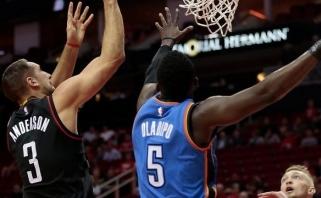 """Nuostabiame trileryje """"Rockets"""" palaužė """"Thunder"""", D.Sabonis žaidė naudingai"""