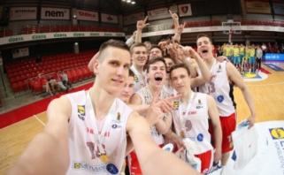 MKL čempionate ir vaikinų, ir merginų grupėse triumfavo vilniečiai (komentarai)