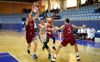 Jaunučiai įveikė Latvijos šešiolikmečių rinktinę