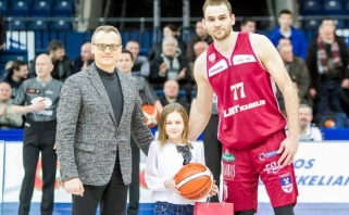 Baigėsi LKL organizuotas mksleivių piešinių apie krepšinį konkursas